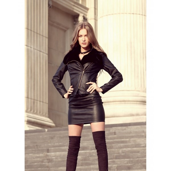 Jacheta piele ecologica scurta neagra cu blanita la guler