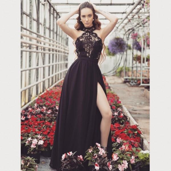 Rochie sexy eleganta lunga neagra cu dantela si slit adanc pe picior